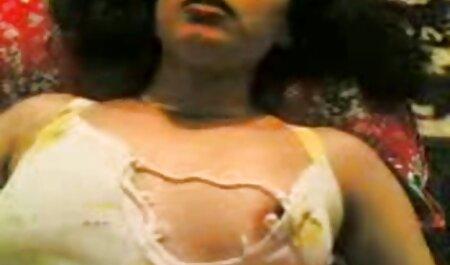 Handjob von versauten Amateur-Blondine MILF deutsche sex videos frei in heißen Amateur-Pornos