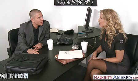 Riesenbrüste bimbo deutsche amateure sex videos Amy Anderssen saugt schwarzen Schwanz und Eier