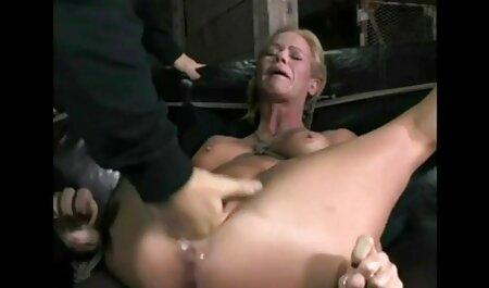 Lesbea Black Dessous deutsche sexvideos in hd Babe spreizt ihre feuchte rosa Muschi