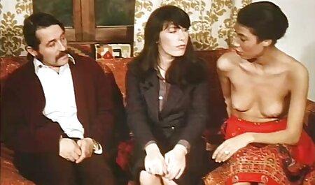 Die vollbusige Blondine hat deutsches sexvideo saftige 69 mit sexy Lola
