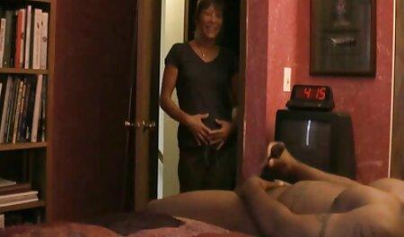 Big Tity Girl melkt einen Big Cock Stud deutschsprachige sexvidios