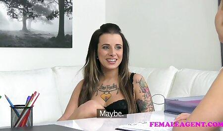 Noble Blondine masturbiert deutsche sexclips am Gloryhole