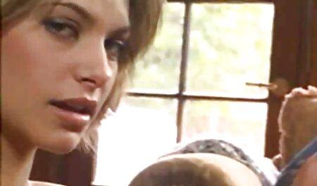 Schöne deutsche sexvideos free Brüste auf dieser Blondine