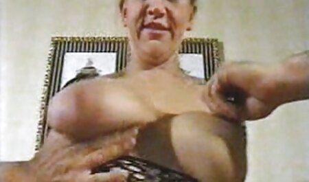 Devin DeRay & Nyrobi Knight sexvideos deutsche (Lesbensex!)