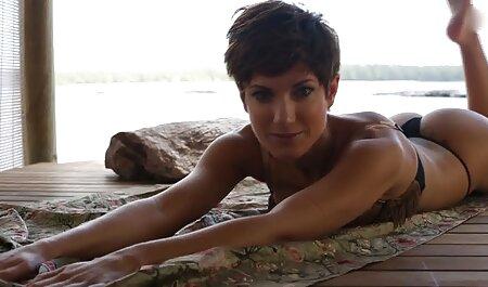 Der alte Euro-Typ lädt seine Frau zum free deutsche sex videos Dreier ein