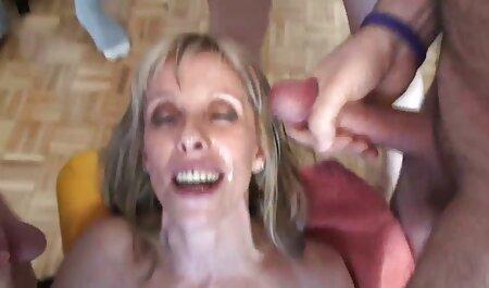 Hottie Kendall Karson freie deutsche sex videos geht auf Kerl runter